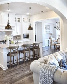 Stunning White Kitchen Design Ideas 15