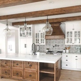Stunning White Kitchen Design Ideas 32