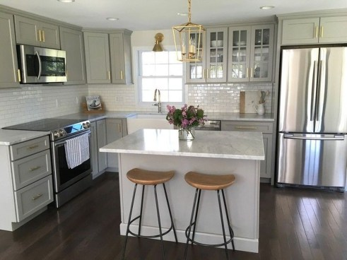 Stunning White Kitchen Design Ideas 37