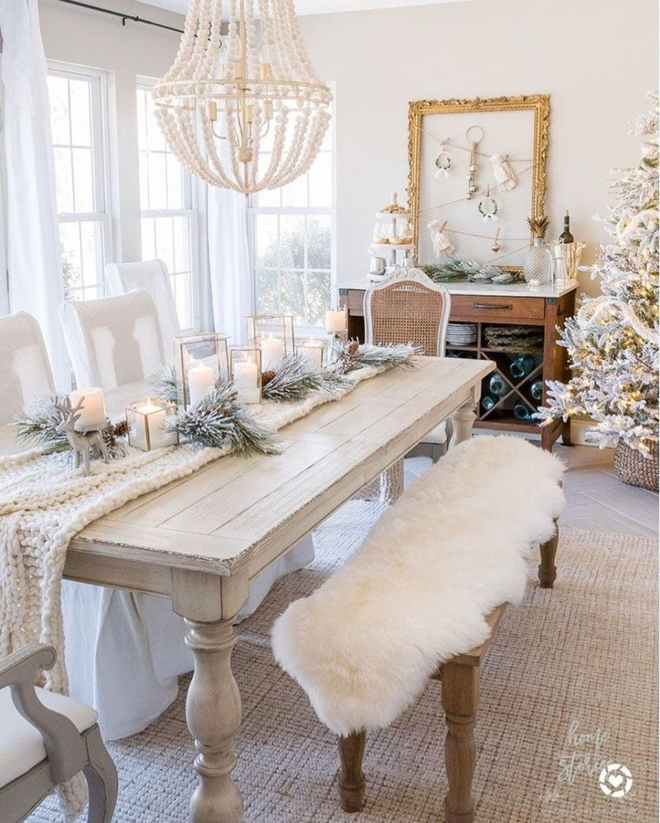 Winter Dining Room Decoration Ideas On Your Table 15