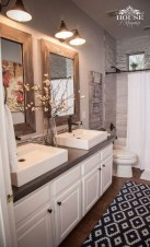Affordable Farmhouse Bathroom Design Ideas 30