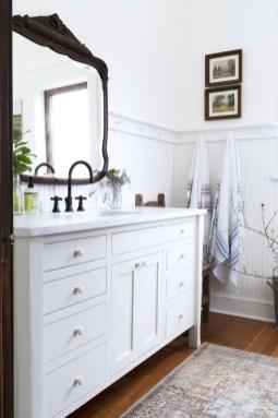 Affordable Farmhouse Bathroom Design Ideas 35
