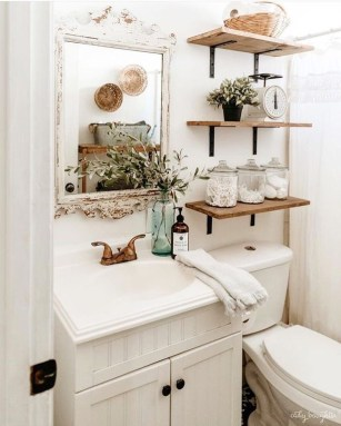Affordable Farmhouse Bathroom Design Ideas 36