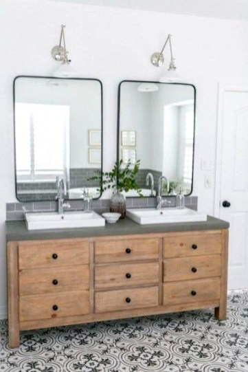 Affordable Farmhouse Bathroom Design Ideas 44