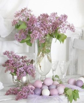Amazing Bright And Colorful Easter Table Decoration Ideas 10
