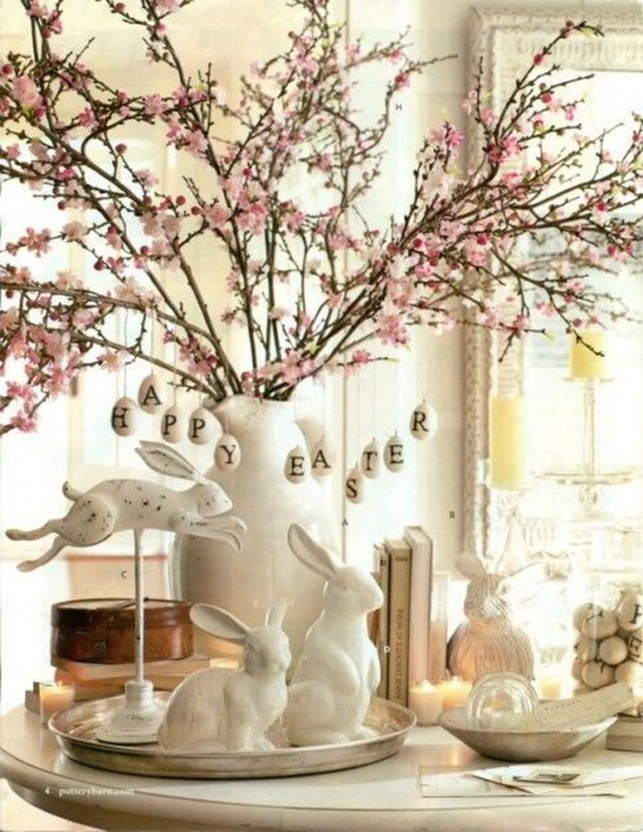 Amazing Bright And Colorful Easter Table Decoration Ideas 28