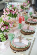 Amazing Bright And Colorful Easter Table Decoration Ideas 33