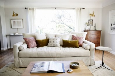 Best Winter Living Room Makeover Ideas 05