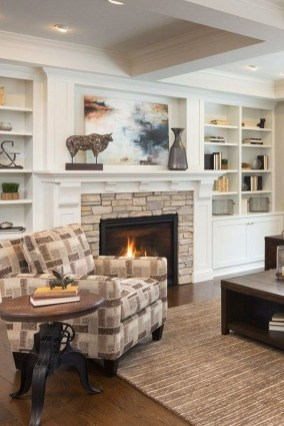 Best Winter Living Room Makeover Ideas 32