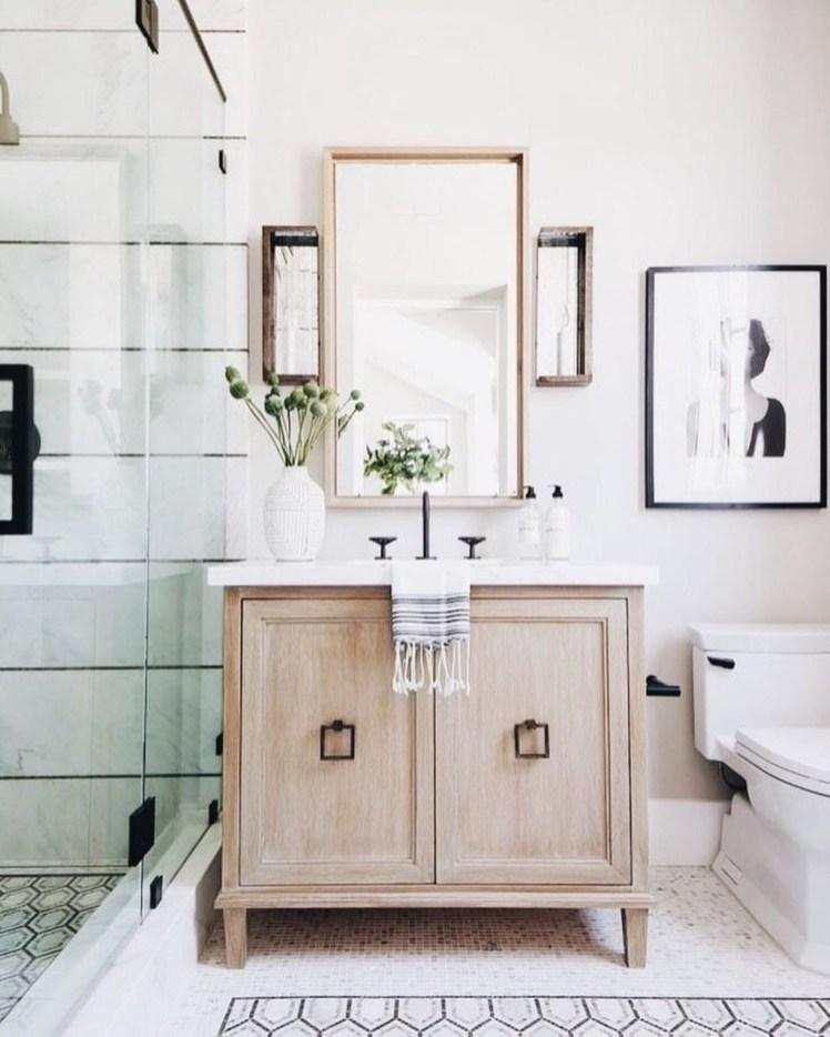 Cute Bathroom Decoration Ideas With Valentine Theme 06
