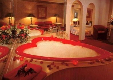 Cute Bathroom Decoration Ideas With Valentine Theme 18