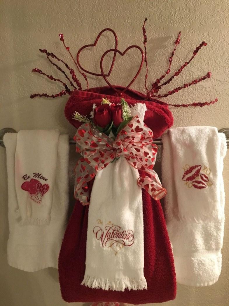 Cute Bathroom Decoration Ideas With Valentine Theme 21