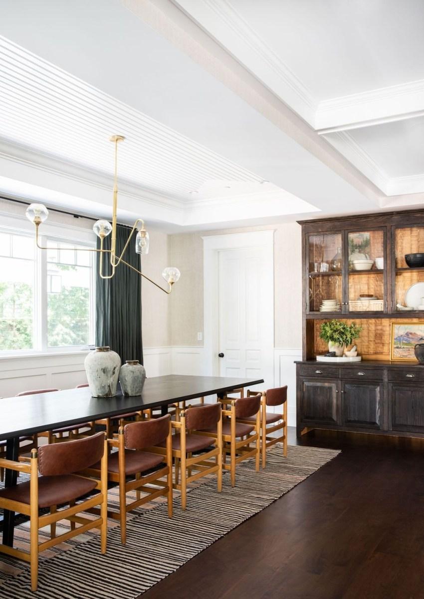 Elegant Modern Dining Room Design Ideas 17