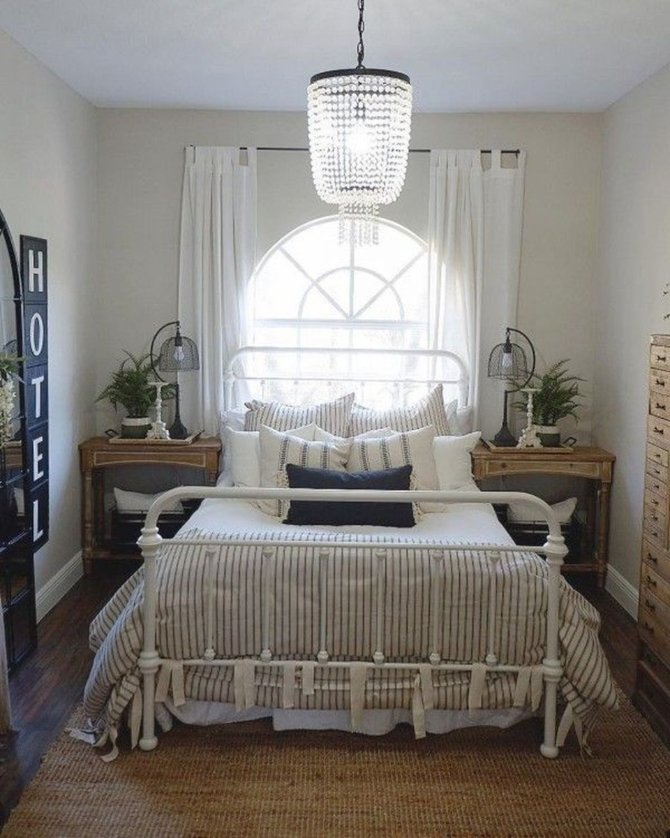 Gorgeous Guest Bedroom Decoration Ideas 14