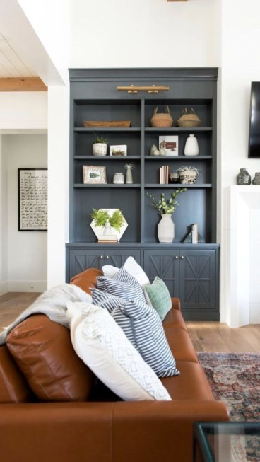 Inspiring Furniture Color Ideas For Your Living Room 13