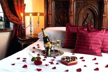 Lovely Valentine Master Bedroom Decor Ideas 10