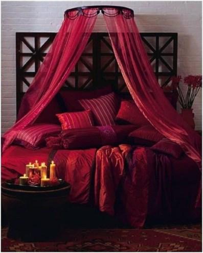 Lovely Valentine Master Bedroom Decor Ideas 27