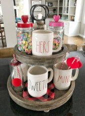 Romantic Valentine Home Decoration Ideas To Warm Your Relationship 34