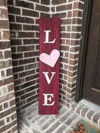 Romantic Valentine Home Decoration Ideas To Warm Your Relationship 37