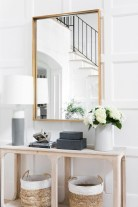 Stunning Modern Entryway Design Ideas 19