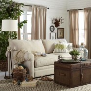 Stunning Spring Living Room Decor Ideas To Refresh Your Mind 09