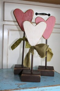 Stylish Valentines Day Home Decor Ideas 21
