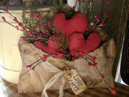 Stylish Valentines Day Home Decor Ideas 30