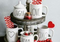 Stylish Valentines Day Home Decor Ideas 38