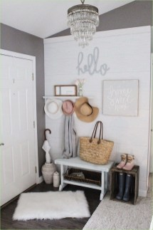 The Best Winter Entryway Decor Ideas 10