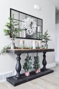 The Best Winter Entryway Decor Ideas 29