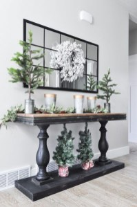 The Best Winter Entryway Decor Ideas 29