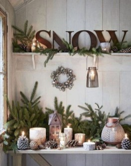 The Best Winter Entryway Decor Ideas 33