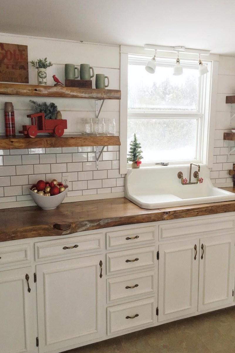 Totally Inspiring Farmhouse Kitchen Design Ideas 08