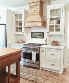 Totally Inspiring Farmhouse Kitchen Design Ideas 23
