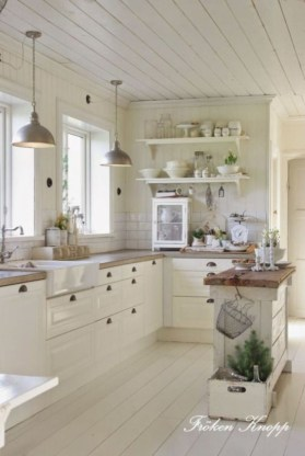 Totally Inspiring Farmhouse Kitchen Design Ideas 26