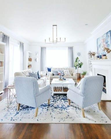 Affordable Blue And White Home Decor Ideas Best For Spring Time 16