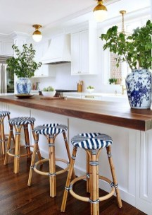 Affordable Blue And White Home Decor Ideas Best For Spring Time 39