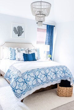 Affordable Blue And White Home Decor Ideas Best For Spring Time 45