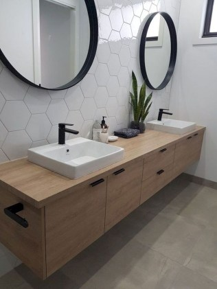 Beautiful Bathroom Mirror Design Ideas 26