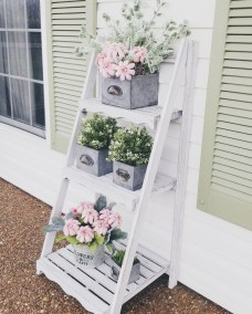 Stunning Spring Front Porch Decoration Ideas 09