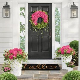 Stunning Spring Front Porch Decoration Ideas 26