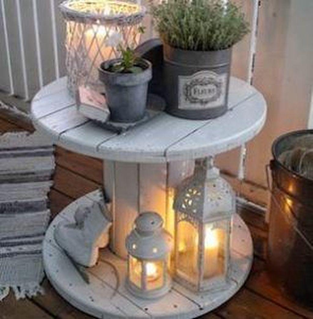 Stunning Spring Front Porch Decoration Ideas 37