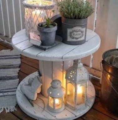 Stunning Spring Front Porch Decoration Ideas 37