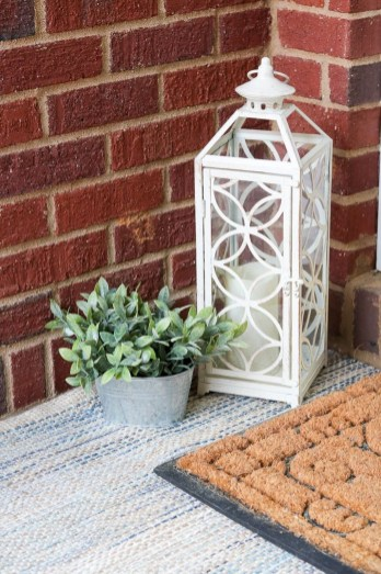 Stunning Spring Front Porch Decoration Ideas 46