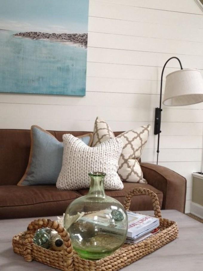 The Best Coastal Theme Living Room Decor Ideas 22