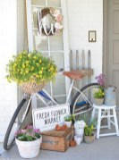 Best Easter Front Porch Decor Ideas 26