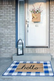 Best Easter Front Porch Decor Ideas 34