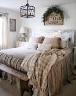 Elegant Farmhouse Bedroom Decor Ideas 04