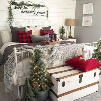 Elegant Farmhouse Bedroom Decor Ideas 09