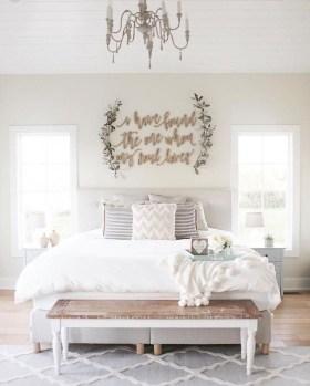 Elegant Farmhouse Bedroom Decor Ideas 11